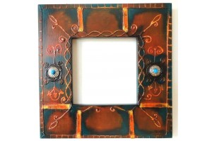 Crystal mirror with painted frame and jewelry
